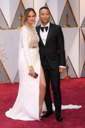 chrissy-teigen-john-legend-shoes-oscars-red-carpet-2017