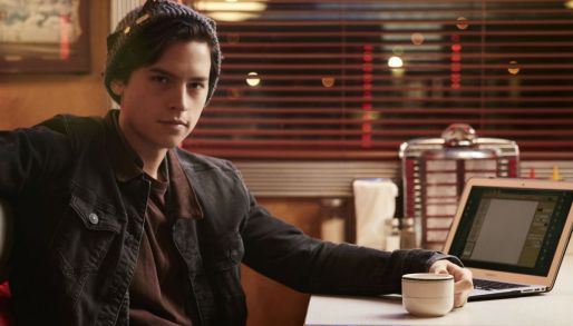 cole-sprouse-riverdale-thecw-1