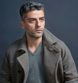 sd-aspect-1510676380-oscar-issac-esquire-interview-main
